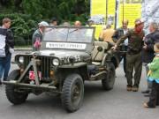 """119-1951 IMG - """"Die 4"""" (USA, Russland, Frankreich, Grossbritanien) im historischen Jeep"""
