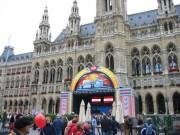119-1995 IMG - Festgelände am Rathausplatz