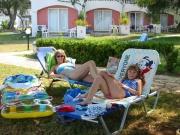 108-0829_IMG ...faulenzen on the beach...