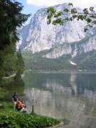 111-1167 IMG ...Rast am Ufer des Altausseer Sees