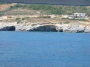 """113-1335 IMG...Fahrt entlang der Ost-Küste mit Blick auf die """"Blue Caves""""..."""