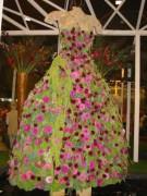 134-3457 IMG * Kleider aus Blumen